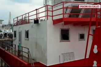 Explozie pe o nava din Galati, aflata in reparatii. Un barbat s-a ales cu arsuri pe 80% din suprafata corpului