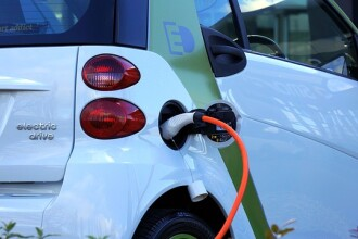 Proiect de lege pentru construirea staţiilor de alimentare cu energie pentru maşinile electrice