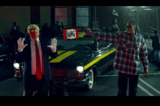 Noul videoclip al lui Snoop Dogg l-a enervat pe Donald Trump. Presedintele SUA sugereaza ca rapperul ar putea fi arestat