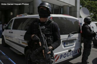 Incaierare cu furci si topoare intre doua familii de romi, in Sibiu. Doi politisti au fost raniti