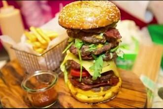 Burgerul care a fost vandut pentru 10.000 de dolari. Ce contine