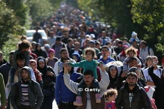 Austria dubleaza suma de bani pe care le-o ofera refugiatilor pentru a parasi voluntar tara. Ce plan are Viena