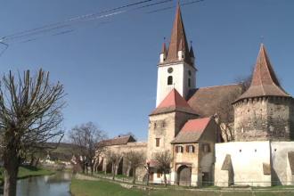 Vacante de Paste cu buget redus la bisericile fortificate din Transilvania. Cat costa o noapte de cazare la casa parohiala