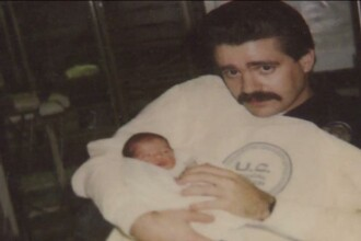 Un politist american l-a revazut pe cel caruia ii salvase viata acum 25 de ani. Ce reactii au avut cei doi