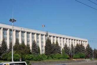 Viceministrul Economiei din Republica Moldova, retinut in urma perchezitiilor de la sediul Guvernului