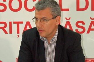 Senatorul PSD Ioan Denes: Cuplurile de homosexuali care merg pe strada de mana imi incalca libertatea
