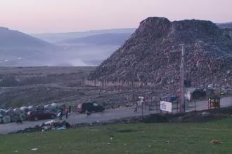 Ghetoul de langa Silicon Valley al Romaniei. 1.500 de oameni traiesc printre gunoaie, in colibe de carton, la 5 km de Cluj