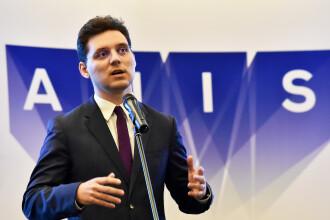 """Victor Negrescu l-a primit pe ministrul pentru Brexit la București: """"Am discutat despre drepturile românilor"""""""