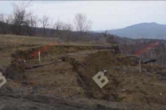 Alunecare de teren în apropierea unui drum județean din Bistrița