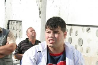 Un bărbat din Suceava acuzat de viol a încercat să se castreze cu o lamă