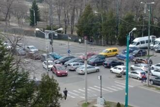 """Semafoarele inteligente din Timișoara """"au murit"""" din nou. Haos de nedescris în trafic"""