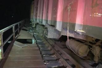 Tren deraiat în Bistriţa-Năsăud. Circulația a fost reluată după 15 ore