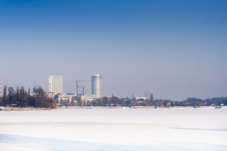 După ploaia înghețată, urmează un episod de ger în România. Oamenii, sfătuiți să iasă din case doar dacă au treburi urgente