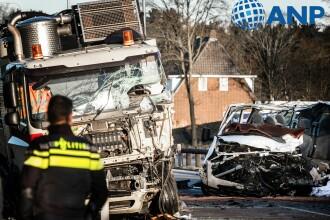 5 români au murit într-un accident în Olanda. Alți 3 au fost răniți grav
