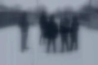 O învăţătoare dintr-o comună din Brăila este cercetată de poliţişti pentru că ar fi lovit trei elevi