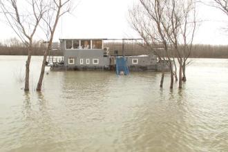 Alertă pe Dunăre. Autorităţile fluviale sunt pregătite de cote de inundaţie
