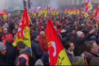 Franţa, blocată de grevele sindicaliştilor nemulţumiţi de reformele economice ale lui Macron