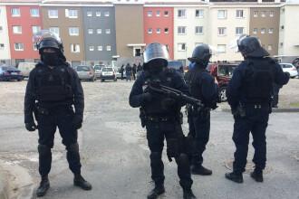 Nou atentat dejucat în Franţa. Doi fraţi egipteni plănuiau un atac cu bombă sau ricină