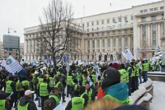 """7.000 de polițiști au protestat în fața MAI: """"Ce vedeţi aici e rezultatul guvernării proaste"""""""