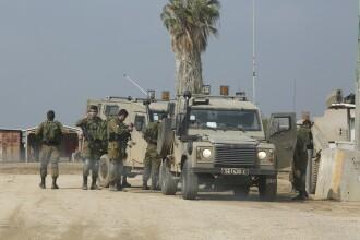 Armata israeliană a atacat poziţiile Hamas, ca replică la incendierea unui vehicul