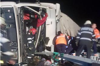 Un şofer de TIR a murit, în urma unui accident grav cu camionul pe A1
