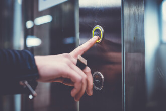 Un lift a căzut în gol la Spitalul Judeţean de Urgenţă din Craiova