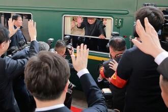 Imagini în premieră din interiorul trenului blindat al lui Kim Jong-un