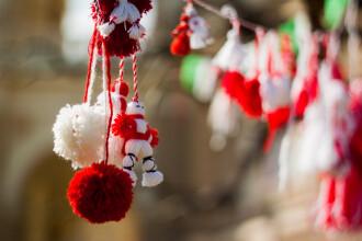 Tradiții și obiceiuri de Mărțișor. E un semn protector împotriva bolilor şi a nenorocului