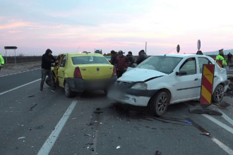Grup de muncitori, spulberat de o mașină în Buzău. Gestul unui șofer de 18 ani