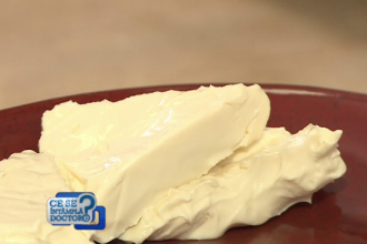 De ce nu este bine să dăm copiilor brânză topită. Explicațiile specialiștilor