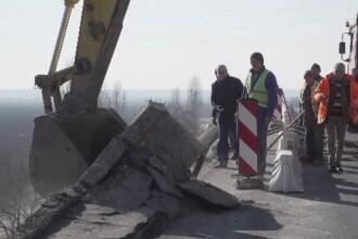 Trafic blocat pe DN1 din cauza podului căzut la Ploiești. Care e stadiul lucrărilor