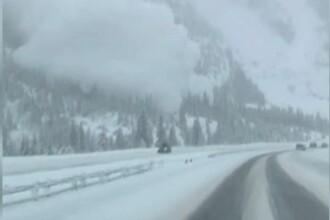 Momentul în care o avalanșă acoperă o autostradă din Colorado