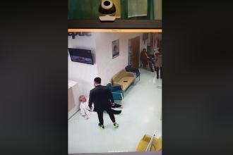 Dosar penal pentru tânărul care a agresat un medic, la Galați. Amenda primită de agresor