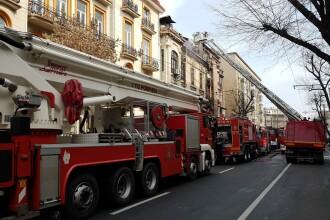 Incendiu în centrul Capitalei. Pompierii au găsit un cadavru în clădire