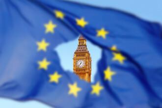 UE ar putea amâna Brexit cu un an. Se cere repetarea referendumului