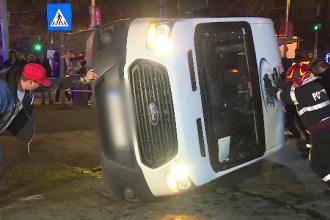 O mașină cu bani s-a răsturnat în Capitală. Gestul făcut de oamenii de pază