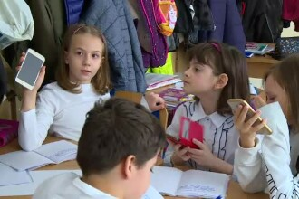 Metoda unor profesori și învățători din Capitală pentru a-i ține pe elevi atenți la ore