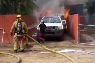 Un bărbat s-a aruncat într-o casă în flăcări pentru câinele său. Ce a urmat