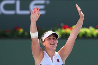 Bianca Andreescu va juca împotriva Serenei Williams în finala Rogers Cup