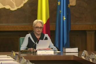 """Premierul Dăncilă a lansat un apel. Construcția de autostrăzi """"să meargă pe repede înainte"""""""