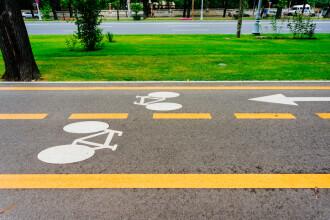 Pistă de biciclete din Bucureşti, virală în Europa. Detaliul care i-a şocat pe olandezi