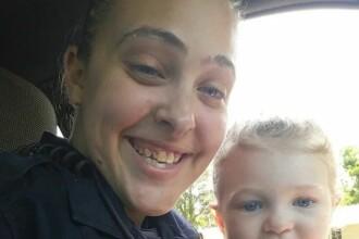 Și-a lăsat fetița să moară sufocată în mașină în timp ce ea făcea sex cu șeful în casă