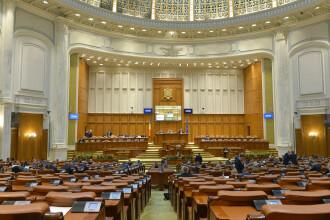 Deputații, chemaţi în sesiune extraordinară pentru Legea amnistiei şi graţierii