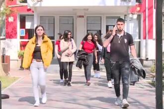 """Perle la Română la Simulare BAC 2019: """"Femeia s-a întors storcită vai mama ei"""""""