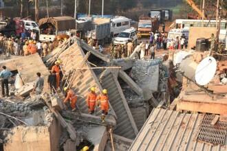 Cladire prăbușită în sudul Indiei. Sunt cel puțin 11 morți. FOTO