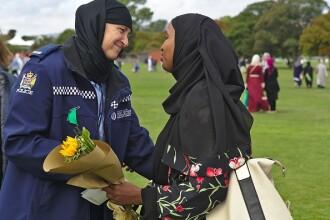 Femeile din Noua Zeelandă au purtat văl în semn de solidaritate cu musulmanii