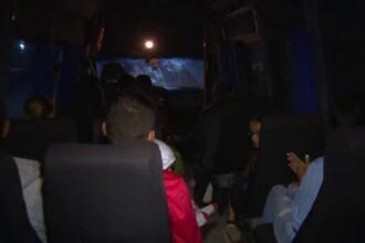 """Turiști coborâți în Salina Prahova cu microbuze fără ITP. """"Maşina e putredă. Putredă toată"""""""