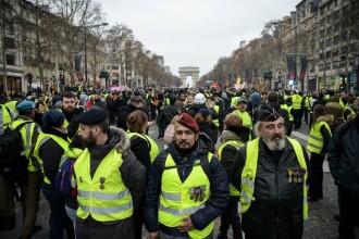 Mii de soldaţi, mobilizaţi împotriva