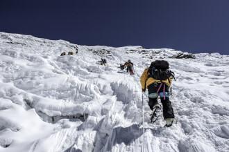 Încălzirea globală scoate la suprafață cadavrele de pe Muntele Everest