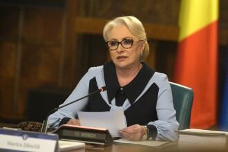 Dăncilă, întrebată de o femeie de ce nu demisionează. Ce a răspuns premierul